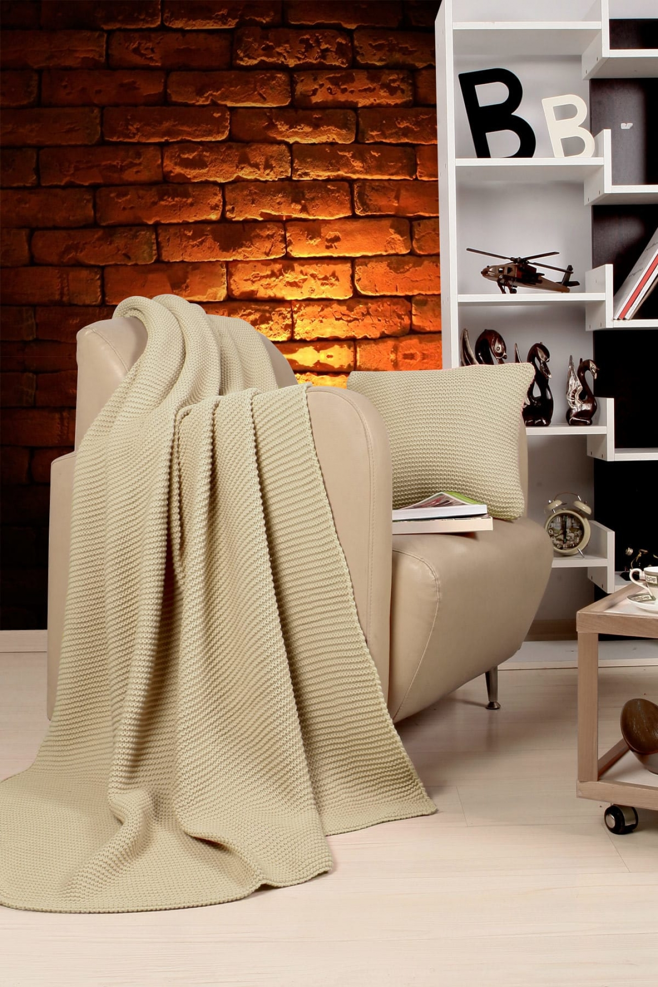 Blanket-Set Hello Dam